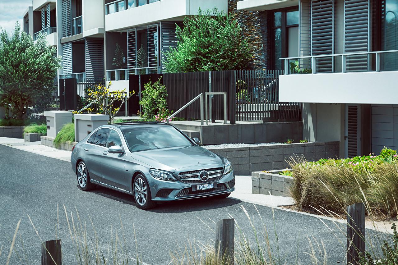 Photo Mercedes-Benz 2019-20 C 300 e Avantgarde Line auto Cars automobile