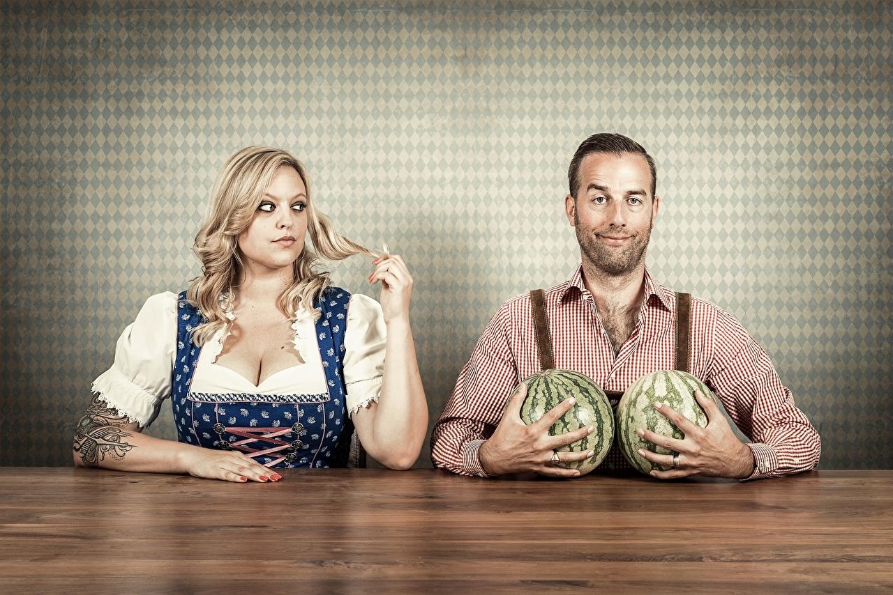 Bilder Humor Blondine Mann Mädchens Wassermelonen Blond Mädchen