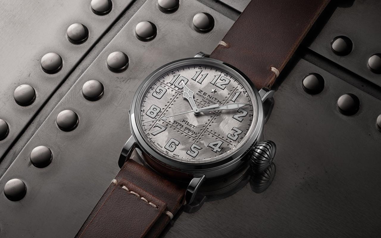 Fotos von Zenith Pilot Type 20 Extra Special Silver Armbanduhr Uhr