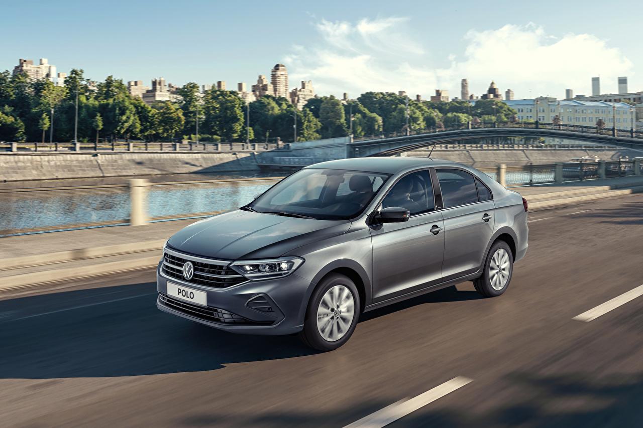 Foto's Volkswagen 2020 Polo Grijs bewegende auto's grijze Beweging rijdende snelheid Auto automobiel