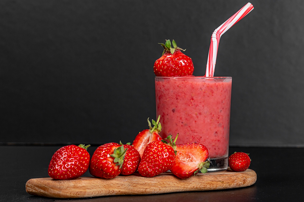 Pictures Smoothie Strawberry Highball glass Food Drinks smoothy drink