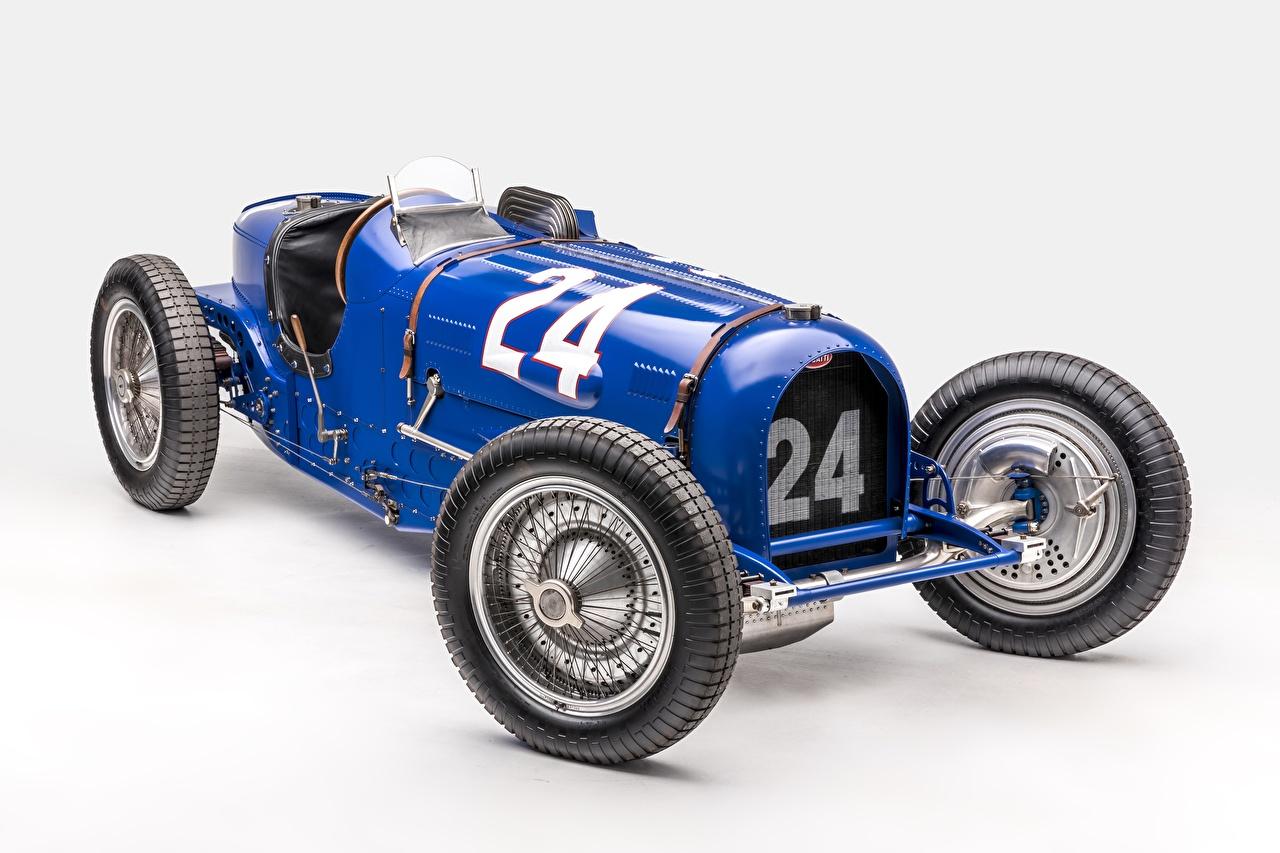 Photo BUGATTI Classic Grand Prix 1933 Type 59 Grand Prix Retro automobile Gray background antique Vintage auto Cars
