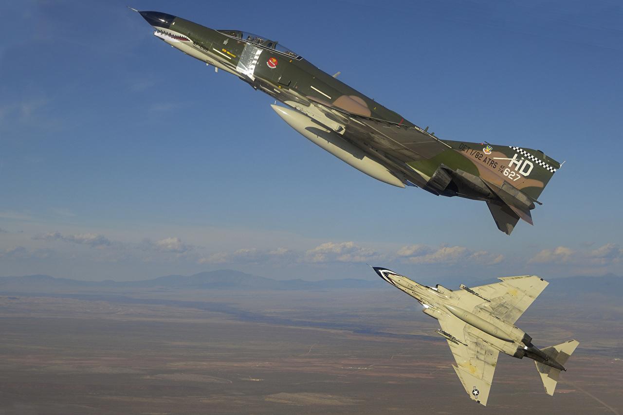 zdjęcie samolot myśliwski Samoloty McDonnell Douglas F-4E Phantom Dwa 2 Niebo Lot Lotnictwo Myśliwiec samolot dwie dwoje dwóch latająca