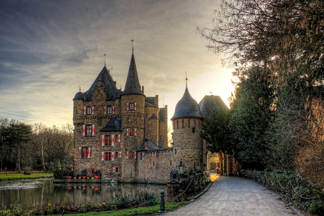Images Germany Satzvey Castle, North Rhine-Westphalia castle Lake Roads Cities Castles