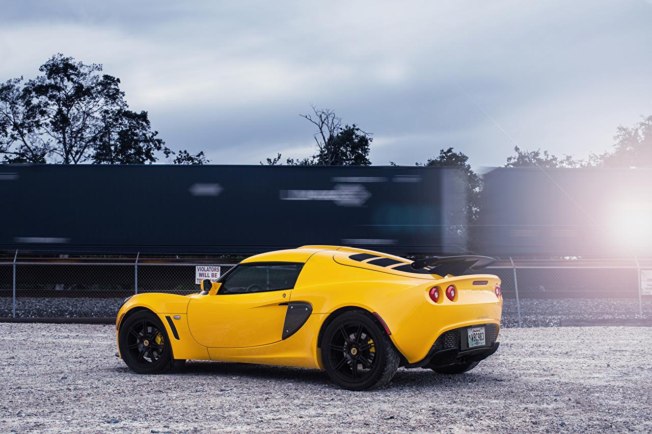Lotus Exige Jaune Latéralement Luxe voiture, automobile, chère, chères Voitures