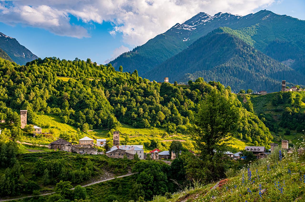 Tapeta Gruzja Svaneti Góry Natura pejzaż Domy góra przyroda Krajobraz budynki budynek