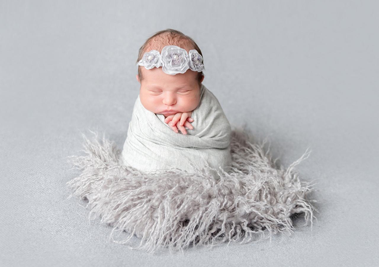 壁紙 グレーの背景 赤ちゃん 眠る 子供 ダウンロード 写真