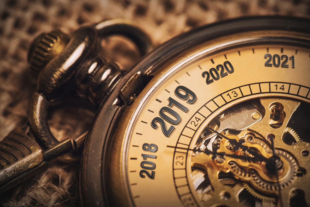 Bilder von 2019 Neujahr Taschenuhr Uhr Großansicht