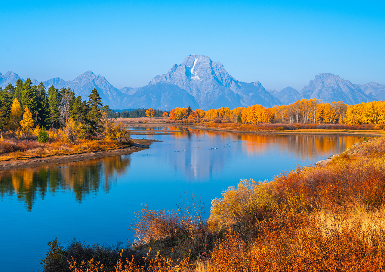 Pictures USA Grand Tetons National Park, Wyoming Autumn Nature mountain Parks river Mountains park Rivers