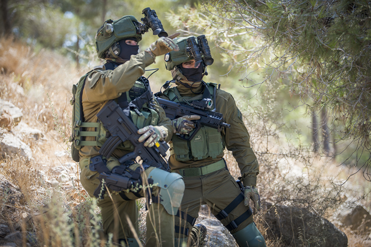 壁紙 兵 アサルトライフル ミリタリーヘルメット 2 二つ 陸軍 ダウンロード 写真