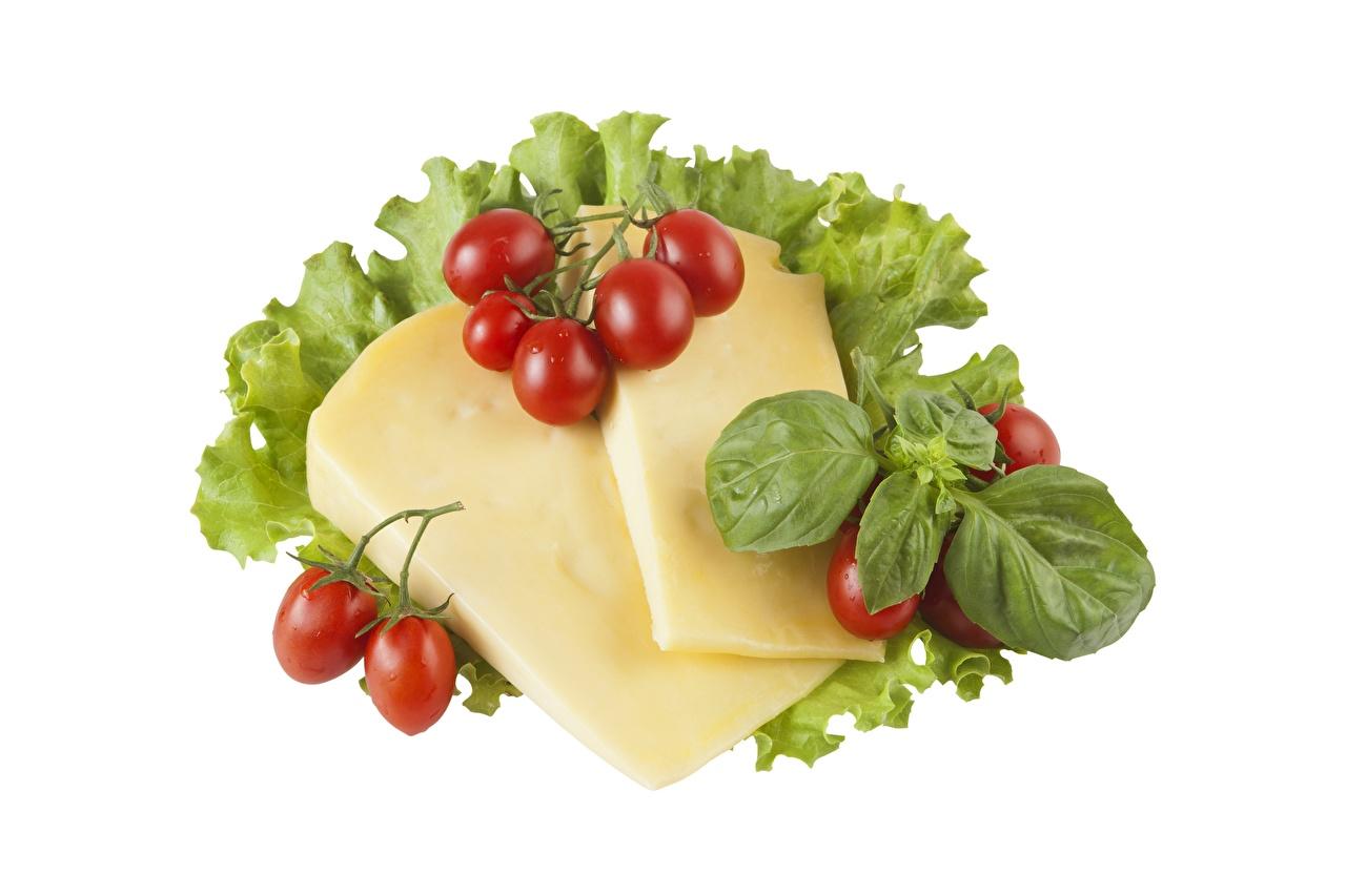Tapety na pulpit Pomidory Sery Jedzenie Pokrojone na białym tle pokrojony żywność Białe tło