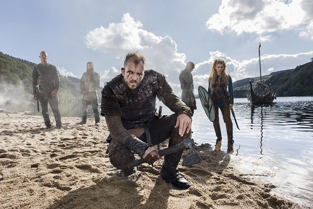 Photo Young Woman Vikings Tv Series Men Warrior Ragnar