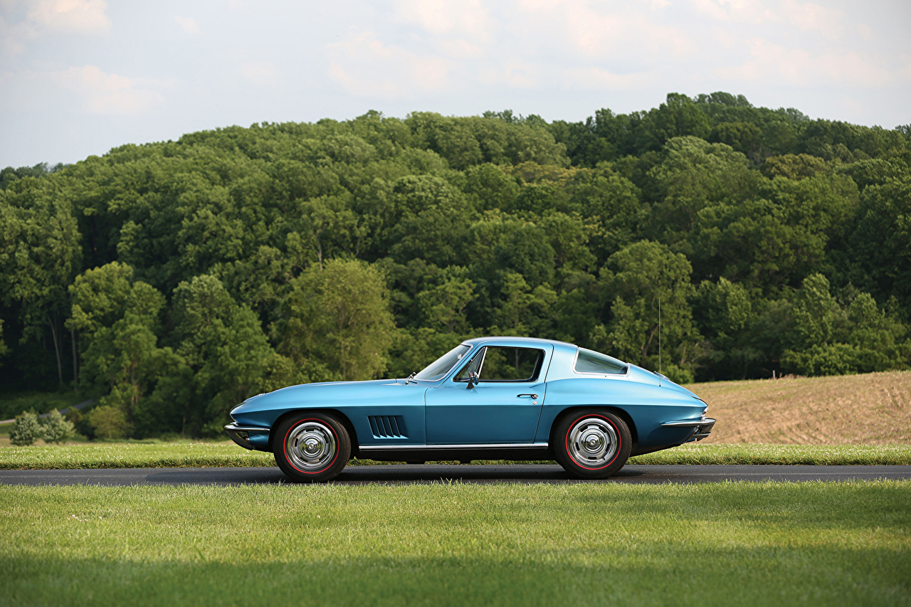 Picture Chevrolet 1967 Corvette Sting Ray (C2) Retro Light Blue Side Cars vintage antique auto automobile