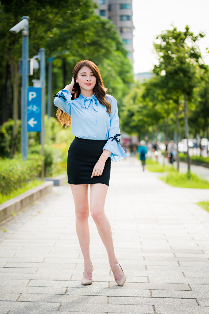 Image Skirt Pose Blouse young woman Legs Asiatic Staring  for Mobile phone posing Girls female Asian Glance