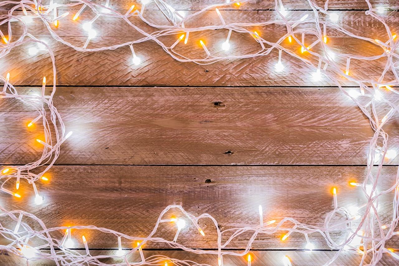 Bilder von Neujahr Lichterkette Vorlage Grußkarte Bretter