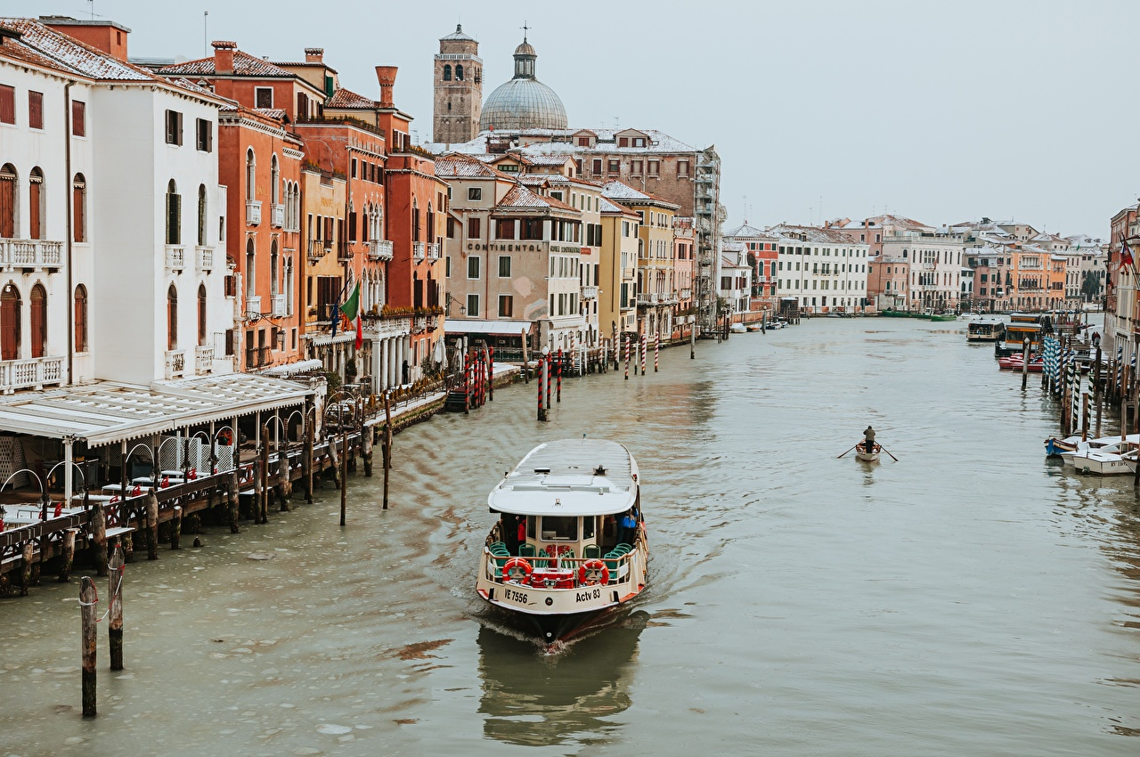 Pictures Venice Italy Canal Riverboat Cities