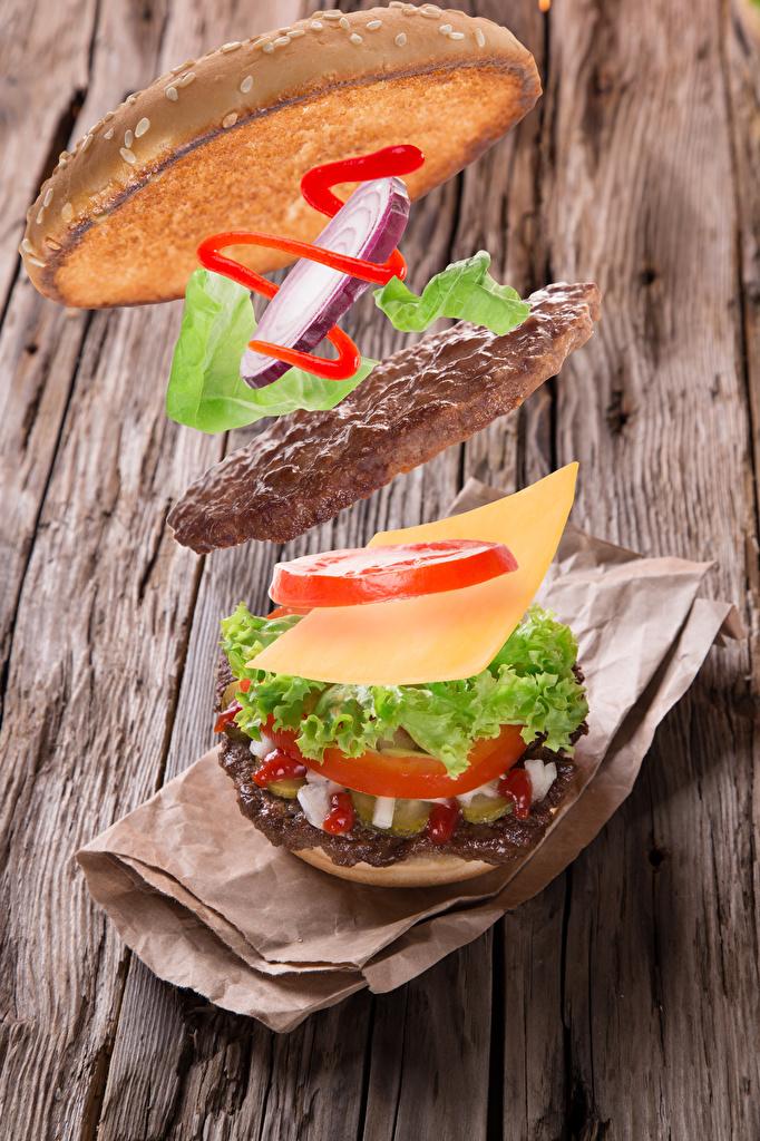 Bilder von Frikadelle Burger Käse Gemüse das Essen Bretter  für Handy Fleischbällchen Hamburger Lebensmittel