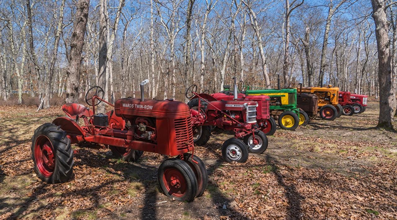 Image tractors Retro Many Tractor vintage antique