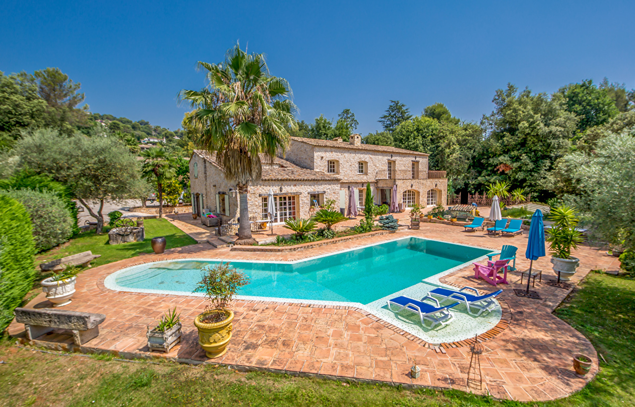 Desktop Wallpapers France Pools Saint-Paul Mansion palm trees Trees Cities Building Swimming bath Palms Houses