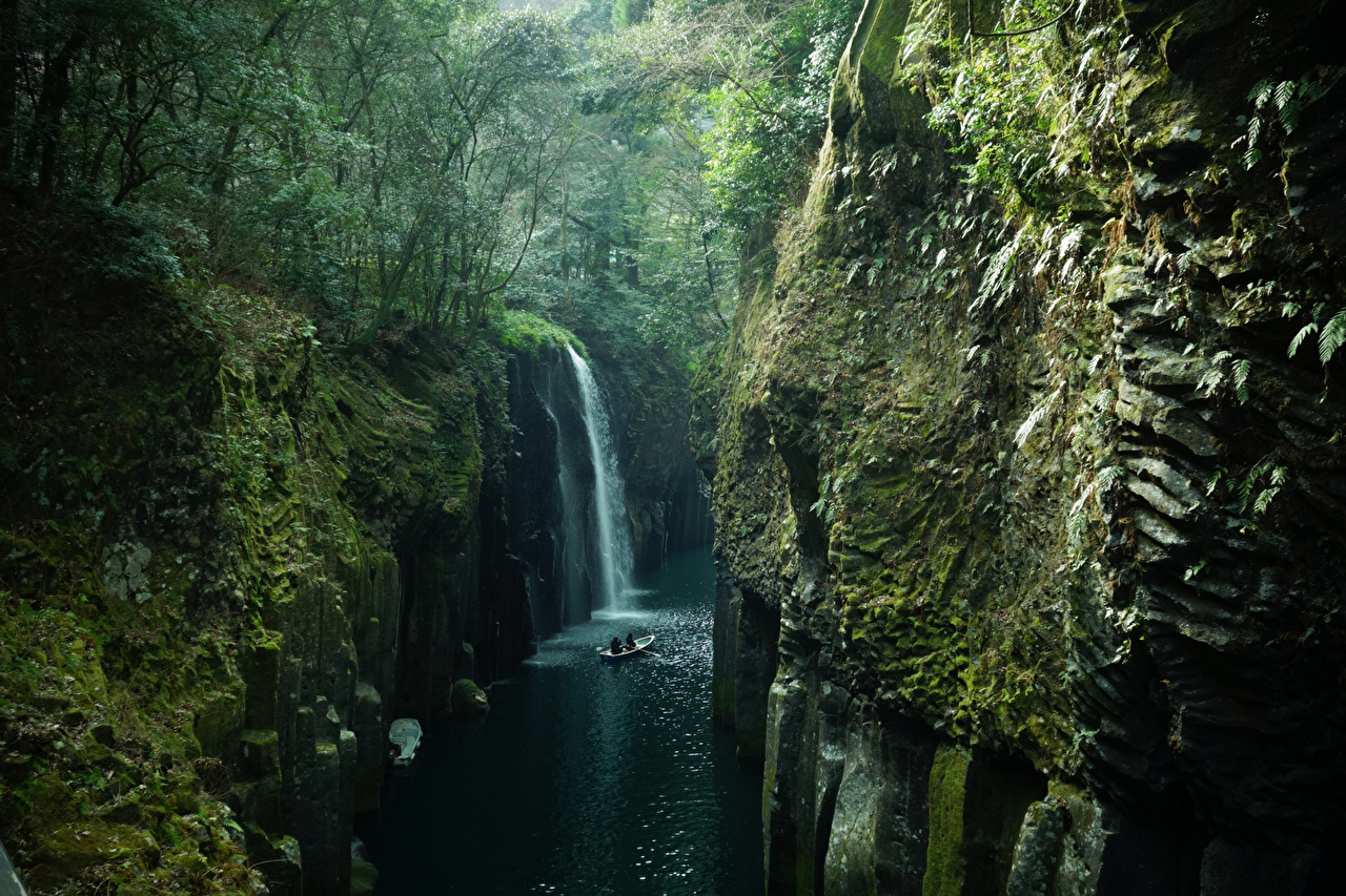 Images Japan Takachiho Kyushu Rock Nature Waterfalls Forests Moss Rivers Crag Cliff