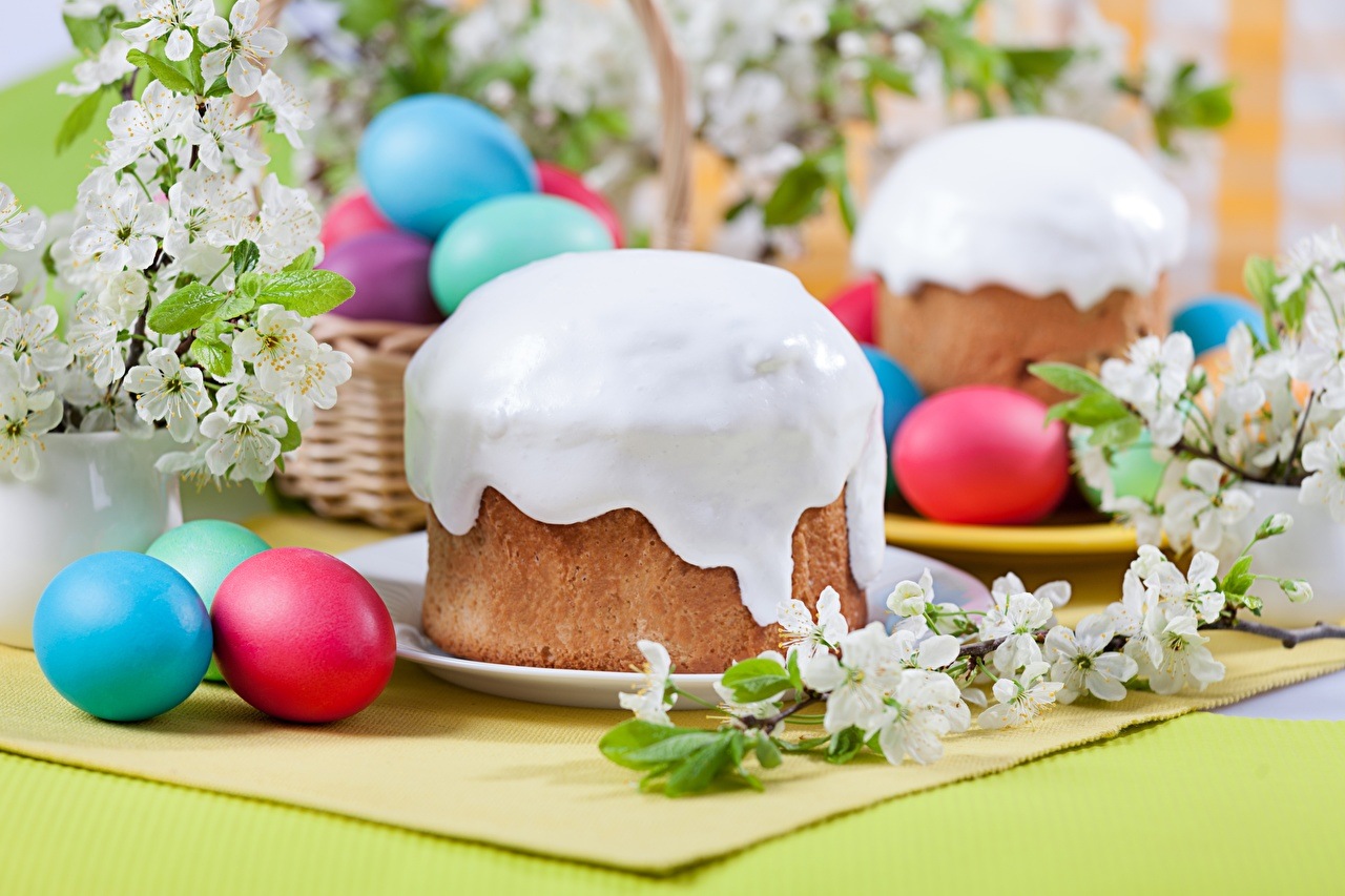 Foto Ostern Kulitsch Zuckerguss Lebensmittel das Essen