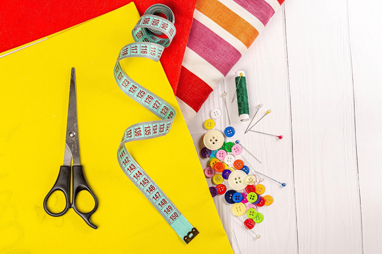 Tijera Hilo de coser Botones Multicolor Paño Cinta métrica Una cinta de medir, Tela tejida