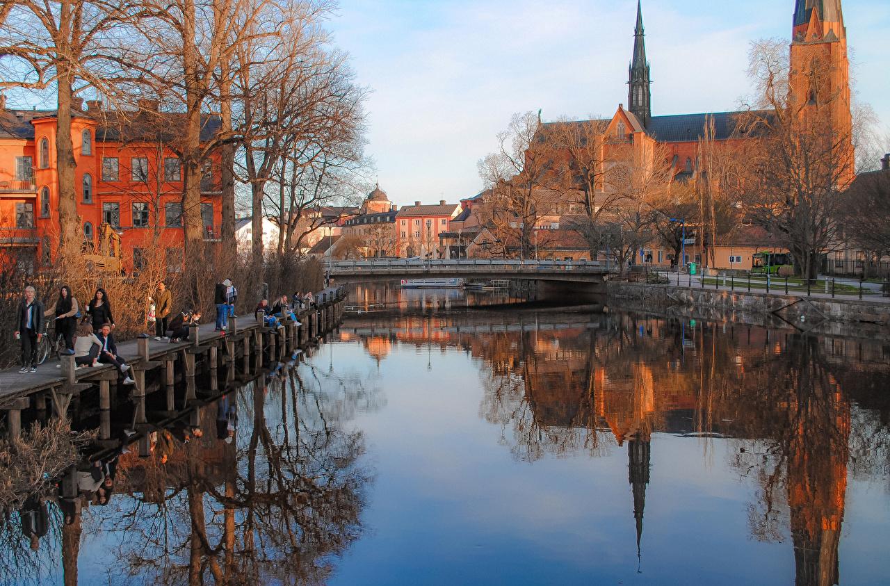 Tapety na pulpit Szwecja Uppsala Mosty Rzeki Miasta budynek most rzeka Domy miasto budynki
