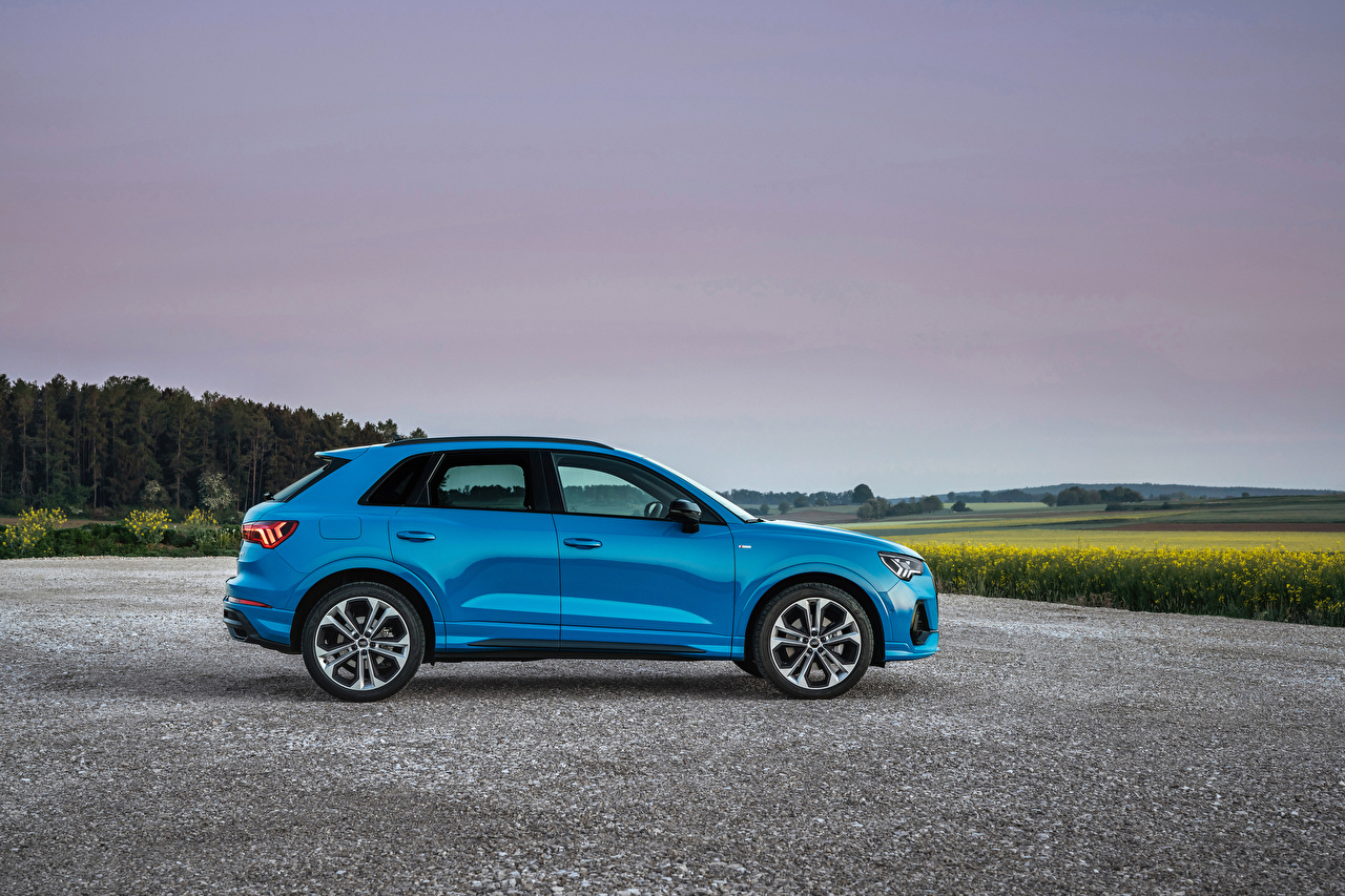 Images Audi CUV Q3 45 TFSI e S line, 2020 Hybrid vehicle Light Blue Side Metallic automobile Crossover Cars auto