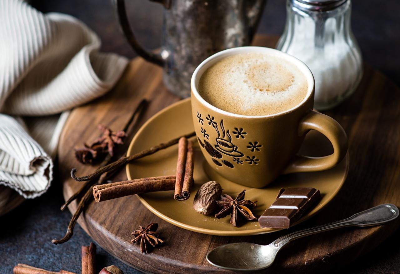 Foto Chocolade Koffie Kaneel Voedsel Een kopje Een lepel Een schotel spijs