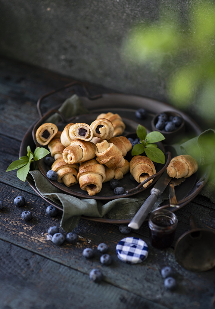 Wallpaper Croissant Blueberries Food Wood planks  for Mobile phone boards