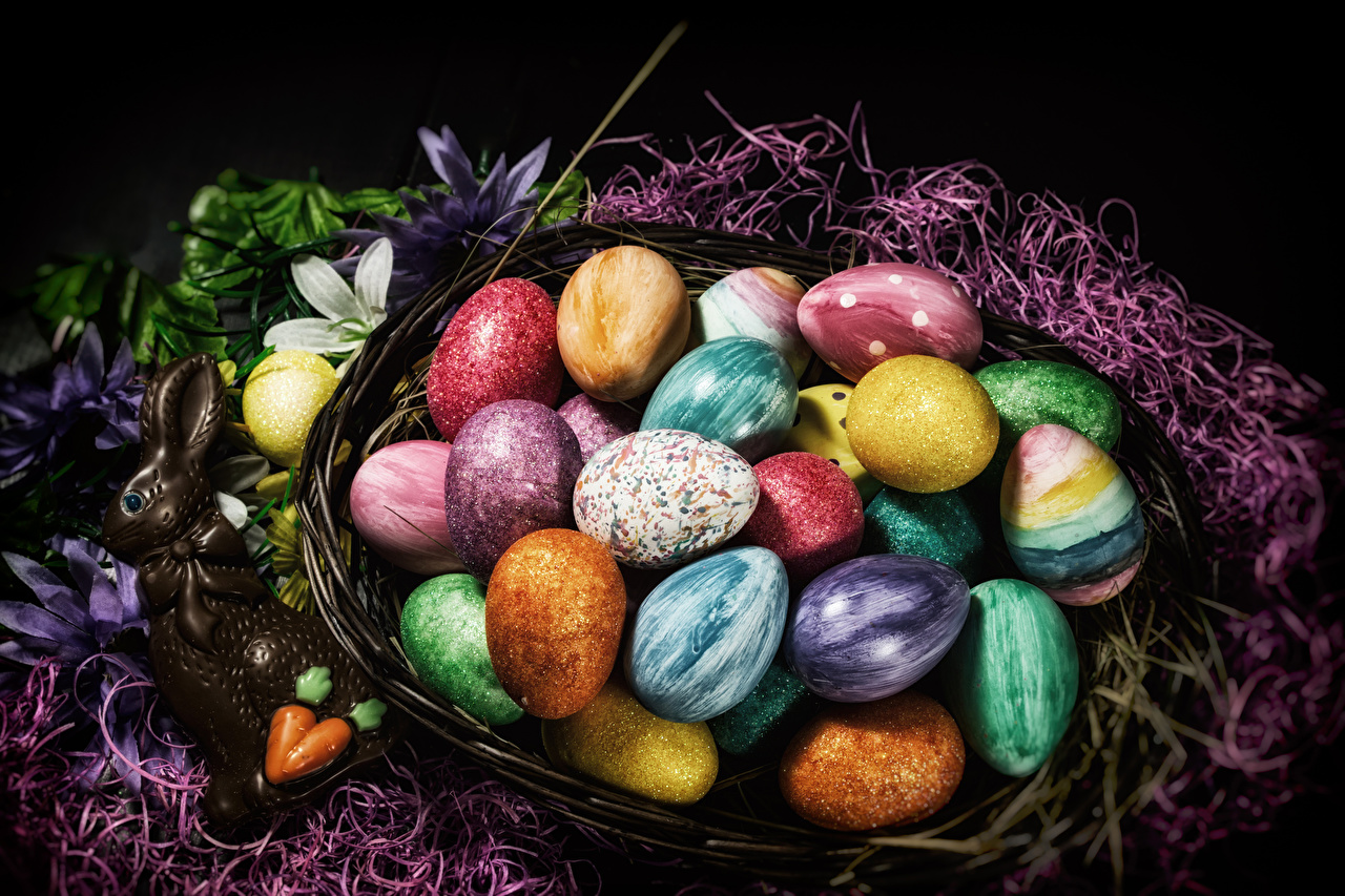 Photos Easter rabbit Multicolor egg Chocolate Wicker basket confectionery Rabbits Eggs Sweets