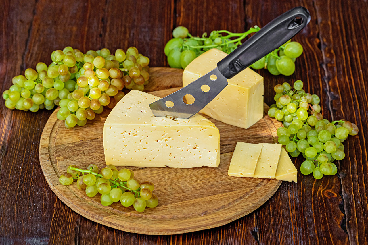 Pictures Knife Grapes Cheese Food Cutting board boards Wood planks