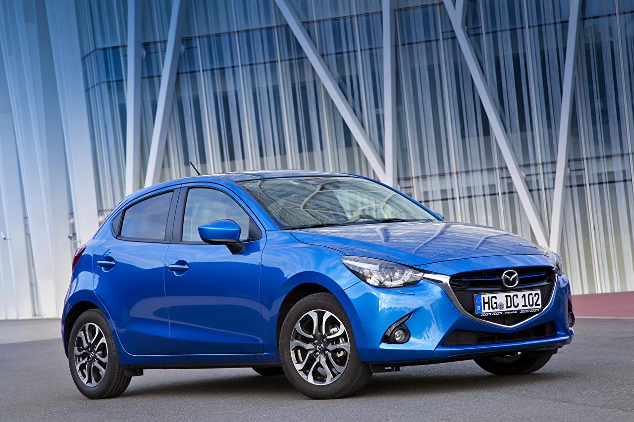 Foto 2014 Mazda 2 Celeste colore Auto metallico macchina macchine automobile autovettura Metallizzato