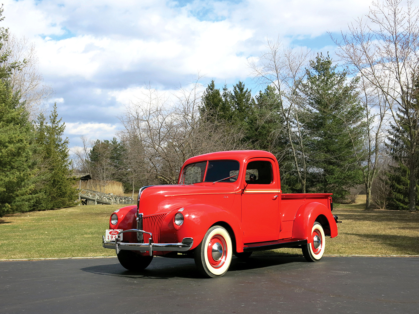 Photo Red Ford 1940 V8 Pickup Truck Cars vintage Metallic auto automobile Retro antique