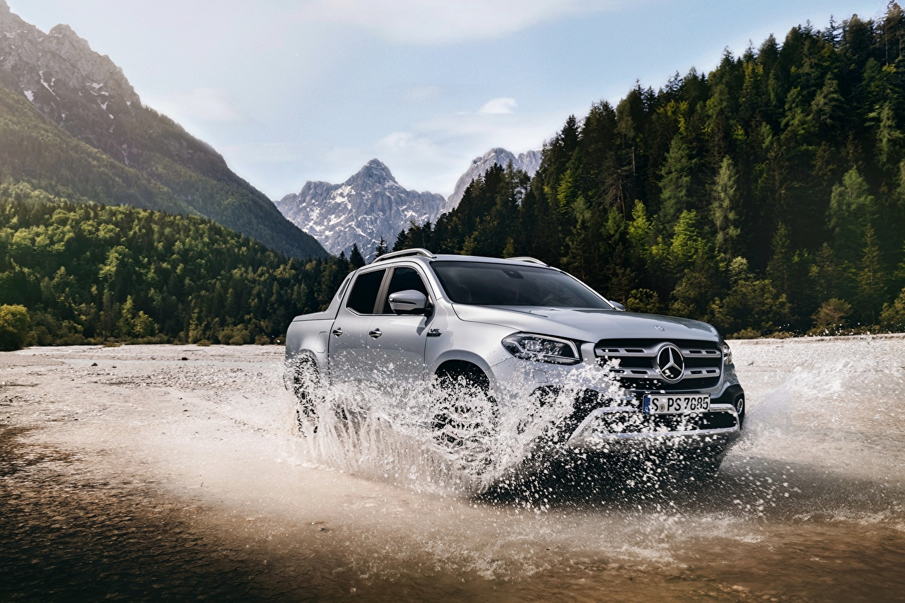 Photo Mercedes-Benz 2018 X-Class Pickup Silver color Motion Water splash Cars moving riding driving at speed auto automobile