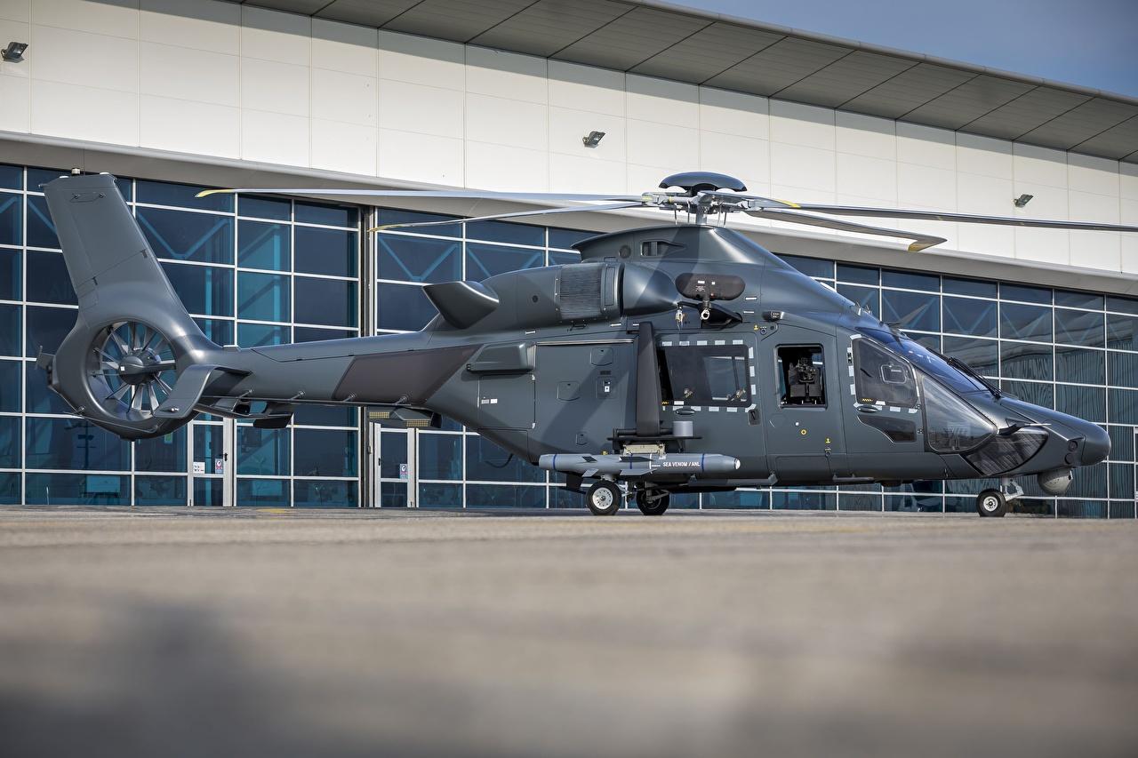 Afbeeldingen Airbus Helikopters H160M Guepard Zijaanzicht Luchtvaart helikopter