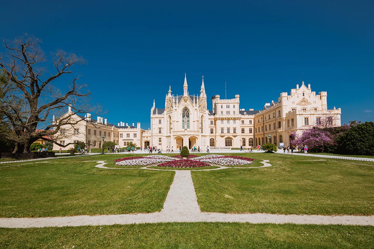 Desktop Wallpapers Czech Republic Lednice Castle Castles Lawn Cities castle