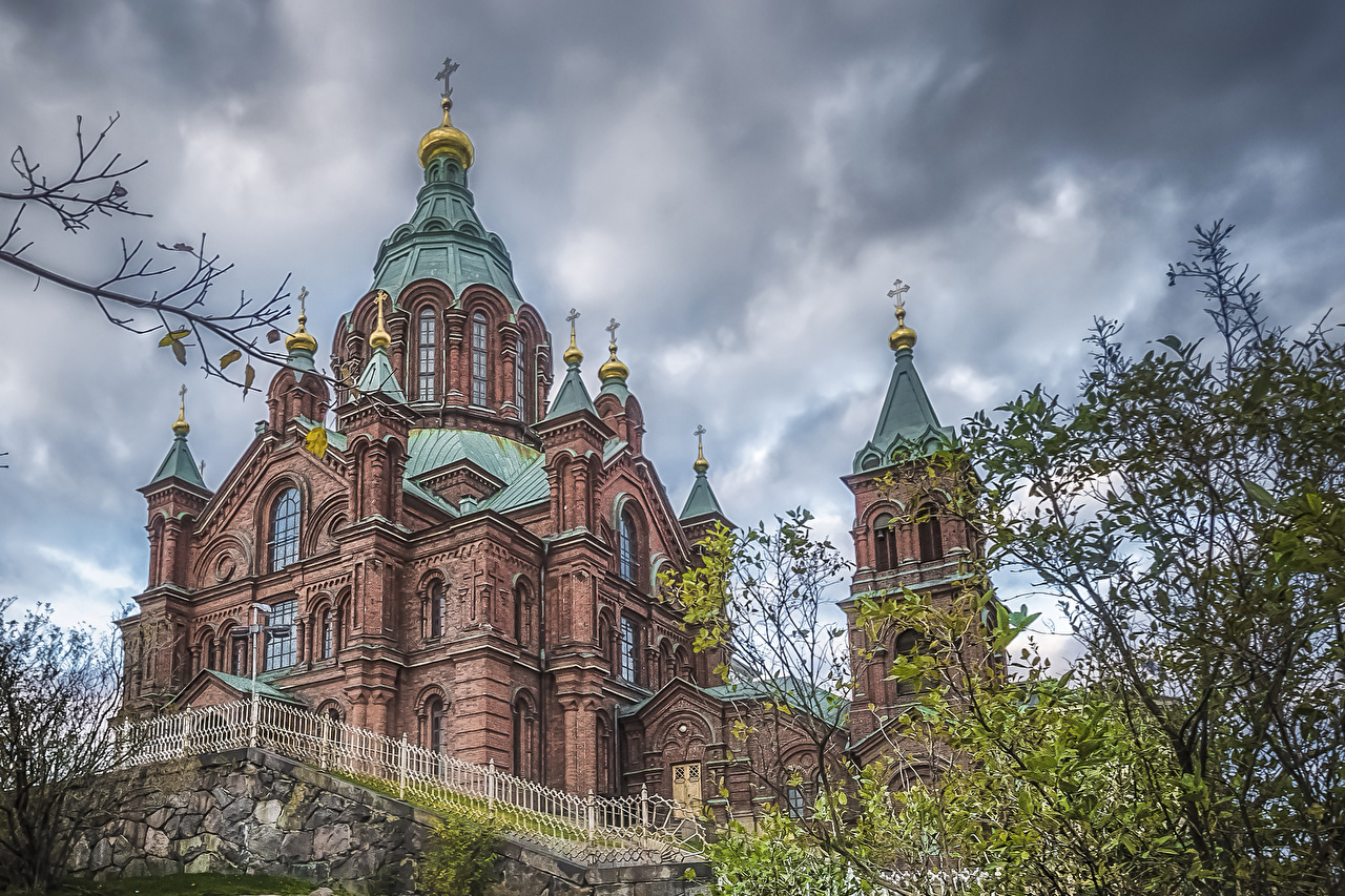 Photos Church Helsinki Finland Uspenski Cathedral Fence Temples Cities temple