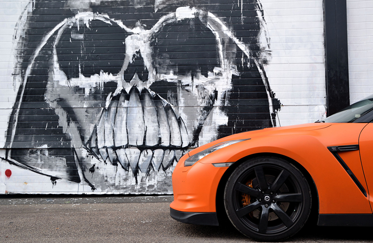 Image Nissan GTR Slamzilla Orange Graffiti Side auto Cars automobile