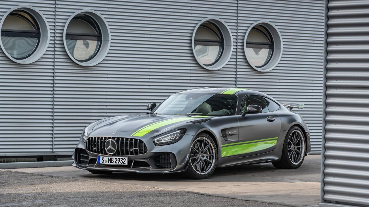 Mercedes-Benz_AMG_PRO_GT_R_2019_Grey_558192_1280x720.jpg