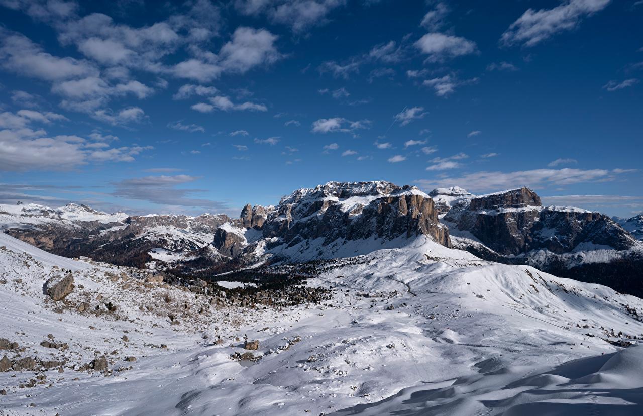 Картинка Альпы Италия Dolomites Горы скале Природа Небо снегу облако альп гора Утес Скала скалы Снег снега снеге Облака облачно