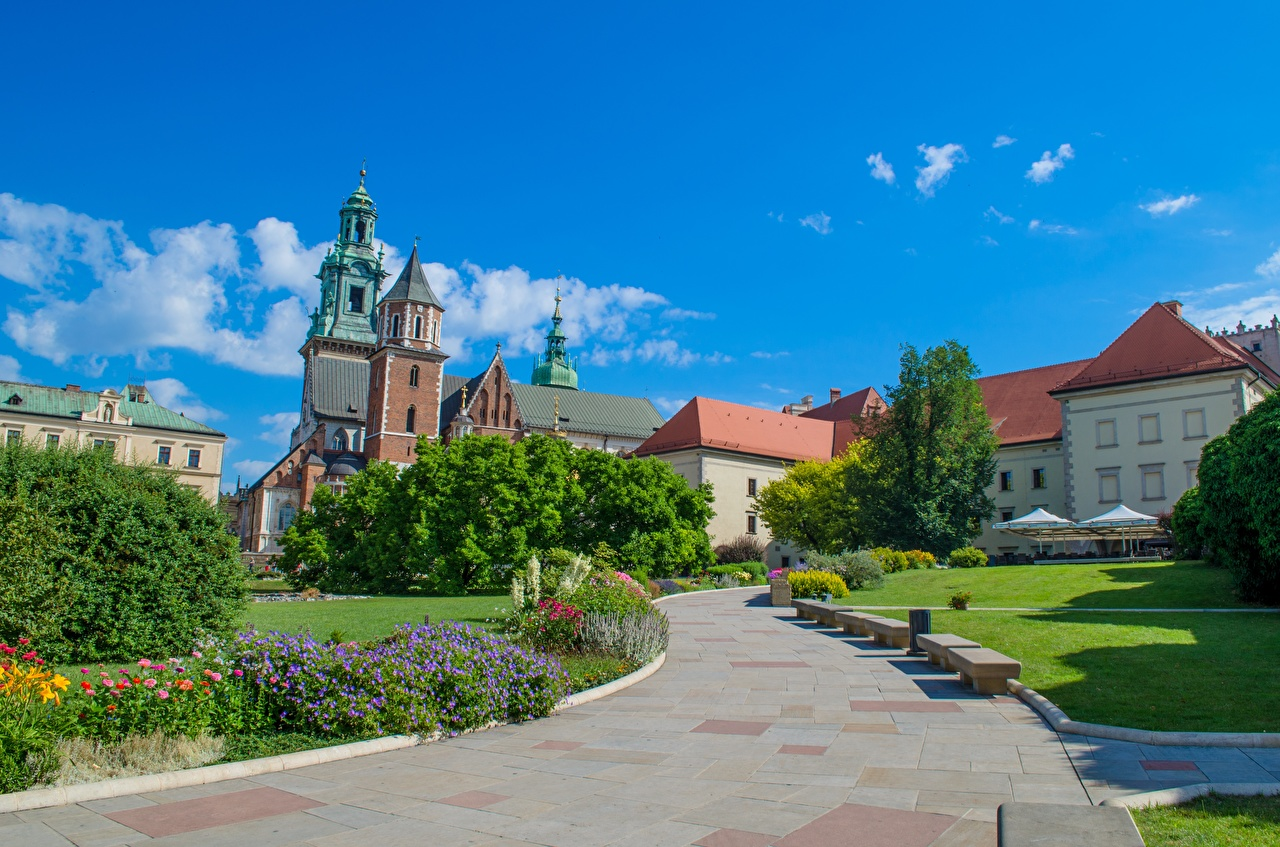 Photos Krakow Poland Cathedral Saints Stanislaus and Wenceslas path Bench Cities Design Trail