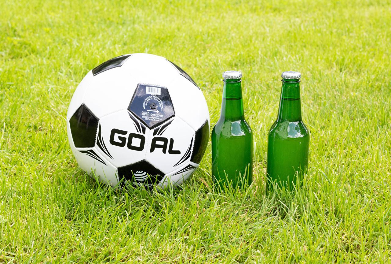 Photo Beer Footbal athletic Ball Food Grass bottles Sport sports Bottle