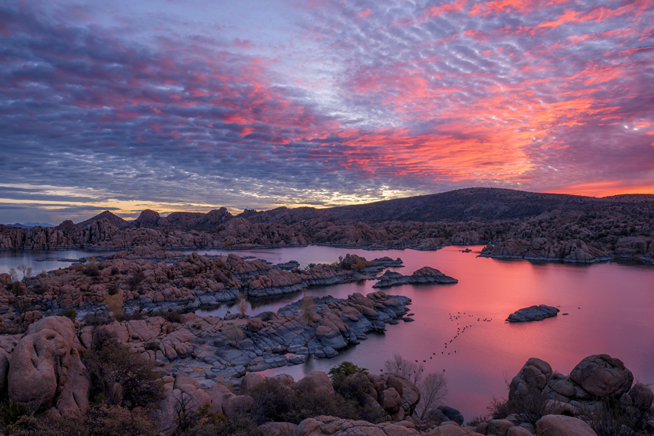 Wallpaper USA Watson Lake, Arizona Nature Mountains Sky Lake sunrise and sunset Stones mountain Sunrises and sunsets stone