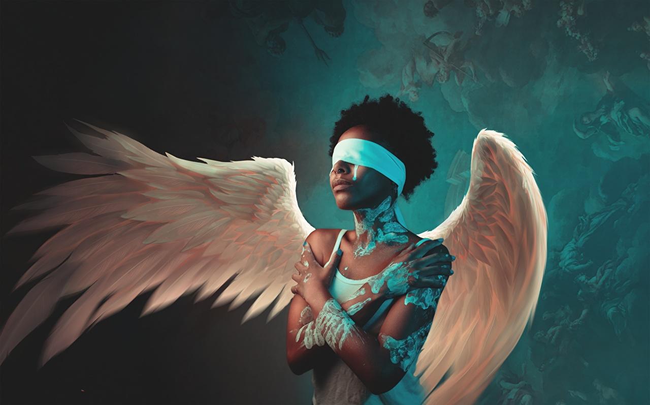 Bilder von Brünette Flügel Neger Mädchens Engeln Hand junge frau junge Frauen Engel