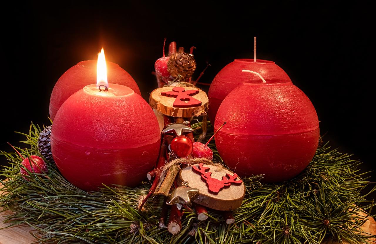 Hintergrundbilder Neujahr Flamme Kugeln Kerzen Feuer