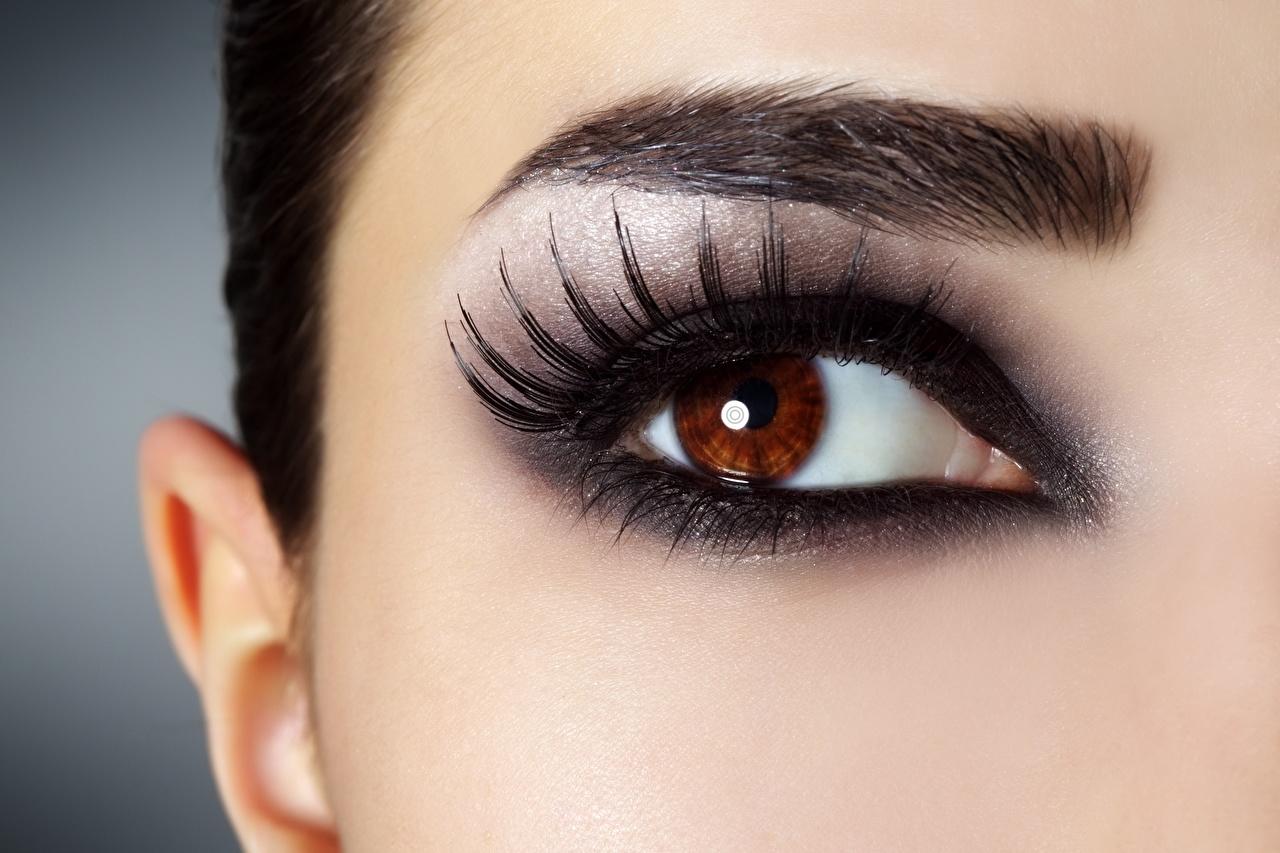 Desktop Wallpapers Eyes Eyelash lash Makeup female Closeup Staring Girls young woman Glance