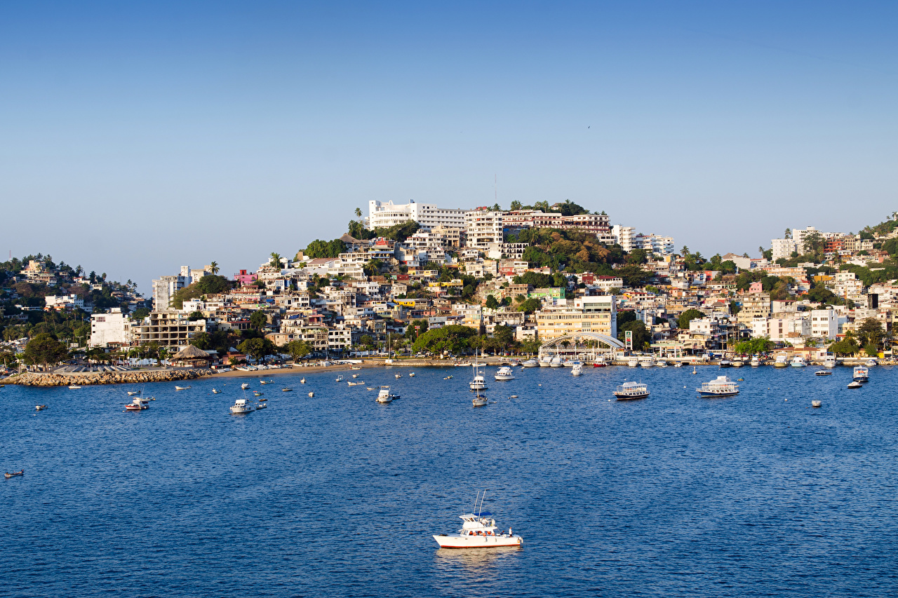 Desktop Wallpapers Mexico Acapulco Hill Bay Pier Motorboat Houses Cities Berth Marinas speedboat powerboat Building