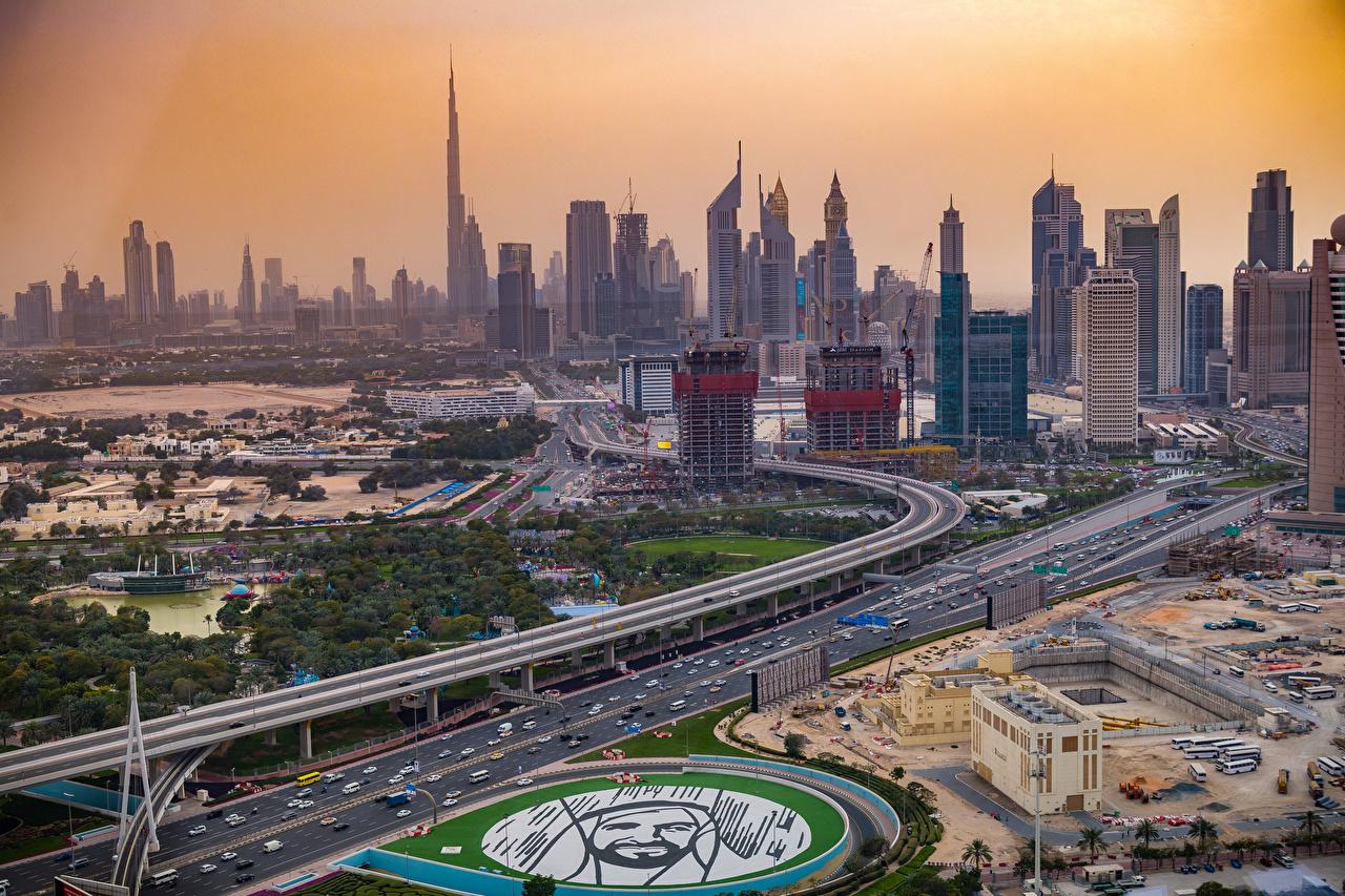 Skrivebordsbakgrunn De forente arabiske emirater New Dubai park Gate Ovenfra skyskraper Hus Byer Parker Skyskrapere byen en by bygning bygninger