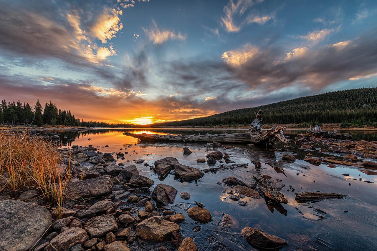 Desktop Wallpapers USA Brainard Lake, Colorado Nature Sky Lake sunrise and sunset stone Clouds Sunrises and sunsets Stones